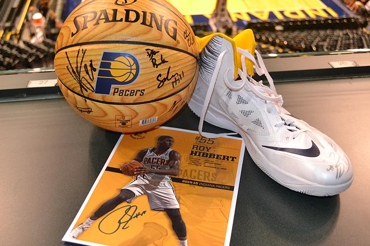 Roy_Hibbert_Autographed_Shoe